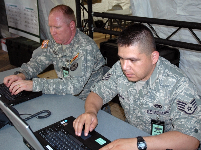 texas-national-guard-on-laptop